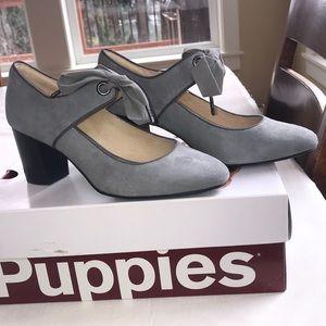 NWOT Hush puppies heel. Sz. 6